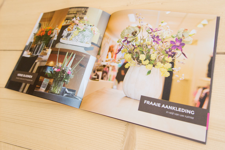 _DSC5726-blooms-brochure-spread2-920px